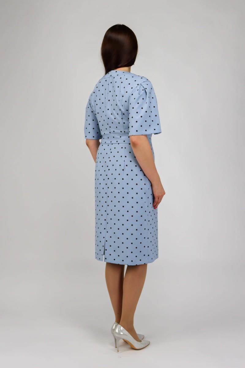 Платье в горошек с коротким рукавом