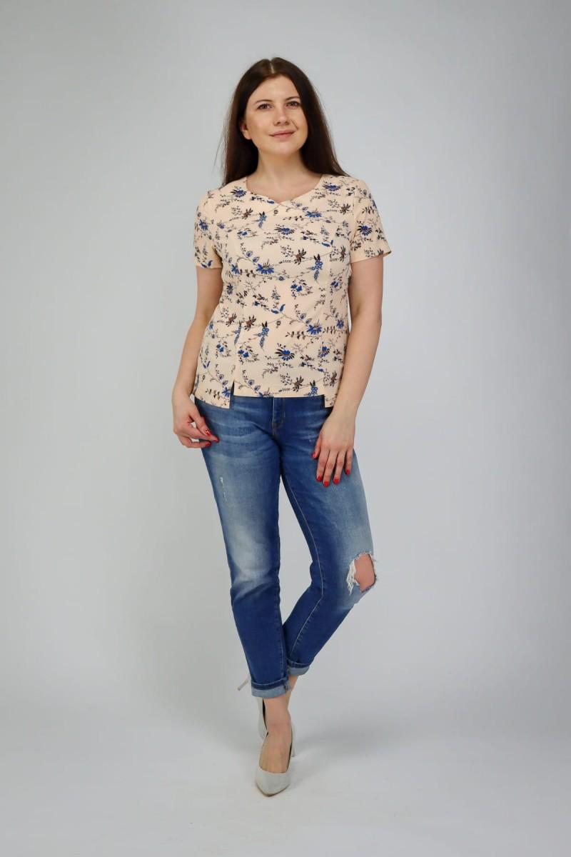 Легкая блузка прилегающего силуэта