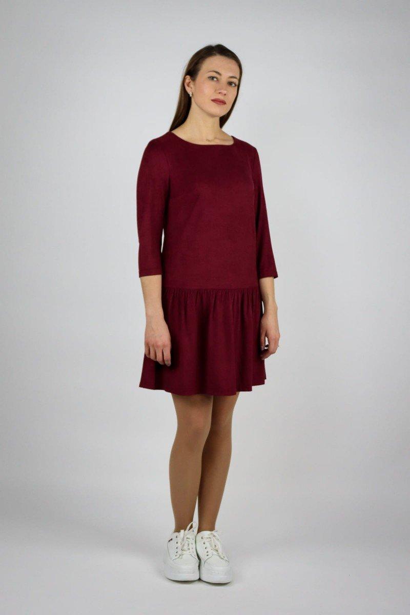 Однотонное платье из замши